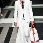 Kolekcja męska Gucci na wiosnę/lato 2010.