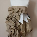Papierowa moda na Targach Książki